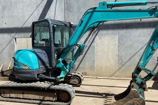 5 tonne excavator hire melbourne