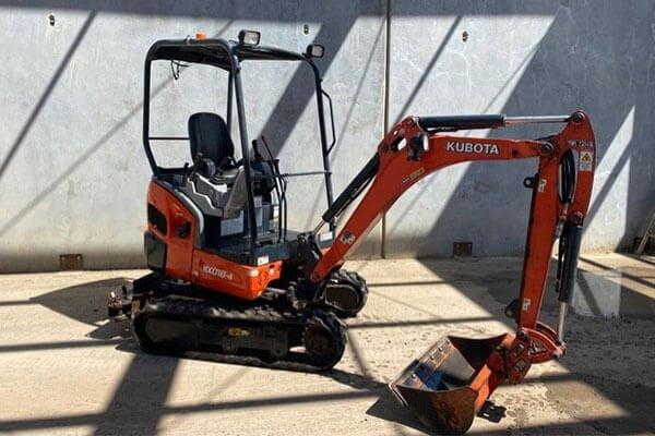 mini-excavator-hire-melbourne